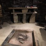 skara-brae-altar-and-fire-pit-in-a-neolithic-home-2