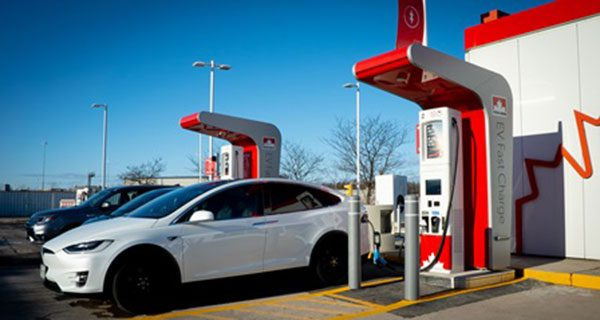 Petro-Canada launching electric vehicle charging stations