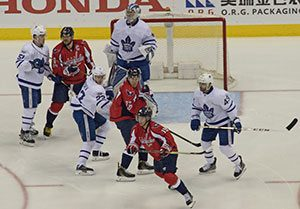 Oilers, Leafs flying high thanks to the Wings
