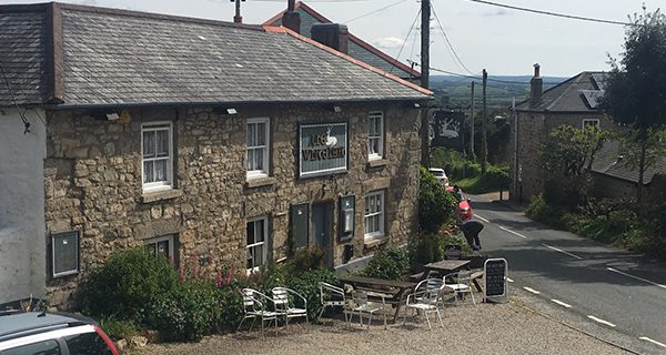 A magnificent Cornish pub dinner to top off a day of discovery