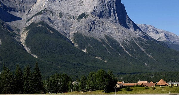 Canadian tourism industry booming