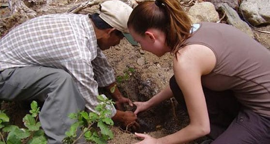 Short-term voluntourism one way to enrich your travel experience