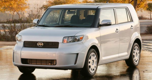 Used car review: It's hip to be square